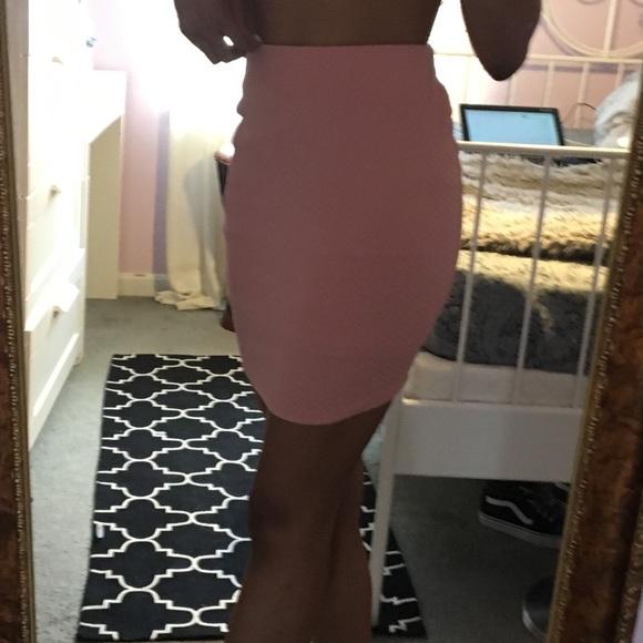 Forever 21 Dresses & Skirts - Pink bodycon skirt